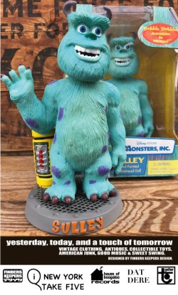 "画像1: MONSTERS INC ""SULLEY"" D.STOCK BOBBLEHEAD DOLL"